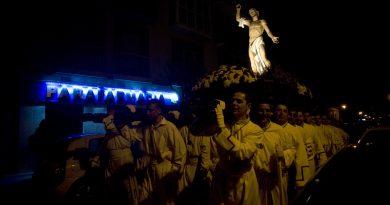 Crónica Madrugada del Sábado Santo al Domingo de Resurrección 2016