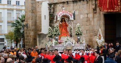 Solemne Trecenario a Santa Eulalia y Besamanos
